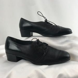 Naturalizer Sport Leather Lace-Up Shoes